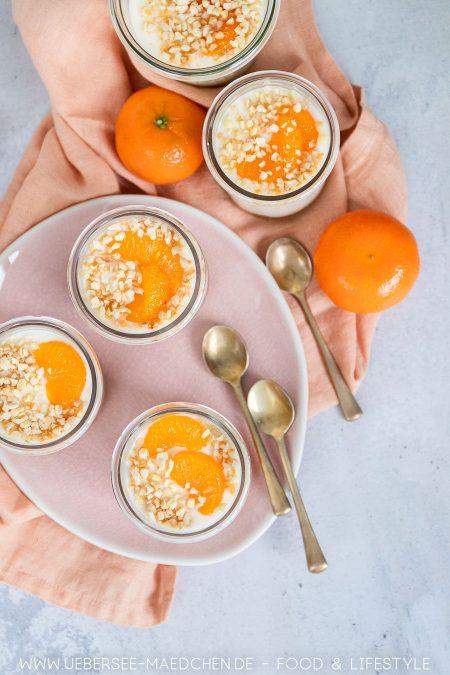 Mandarinencreme-Nachtisch in Gläsern