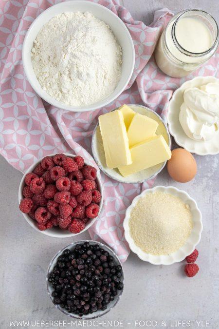 Zutaten für lila Rahmtarte mit Beeren
