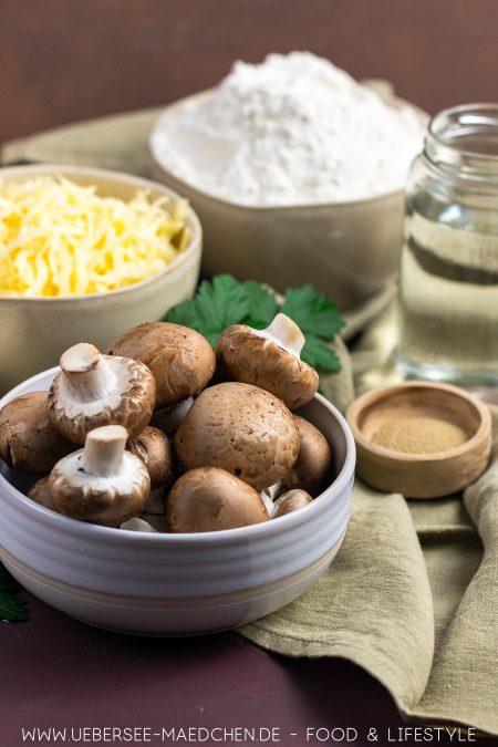 Pilze Champignons sind eine entscheidende Zutat für vegetarisches Handbrot