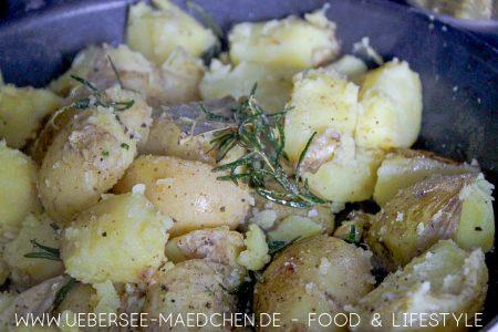 Quetschkartoffeln sind mal was anderes nach Jamie Oliver Rezept