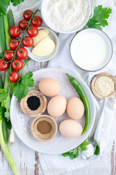 Alle Zutaten für Rührei Masala besonderes Frühstück nach Jamie Oliver