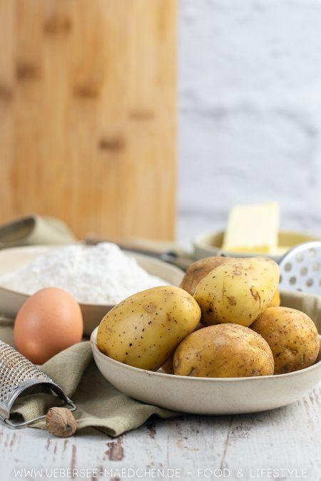 Drei Zutaten für Schupfnudeln: Kartoffeln, Ei und Mehl. Einfaches Rezept von ÜberSee-Mädchen