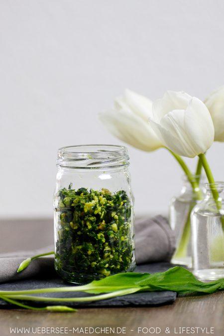 Bärlauchpesto selbstgemacht mit wenigen Zutaten Rezept von ÜberSee-Mädchen