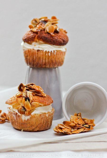 Bienenstich-Cupcakes Rezept mit Marshmallow Fluff von ÜberSee-Mädchen Foodblog vom Bodensee