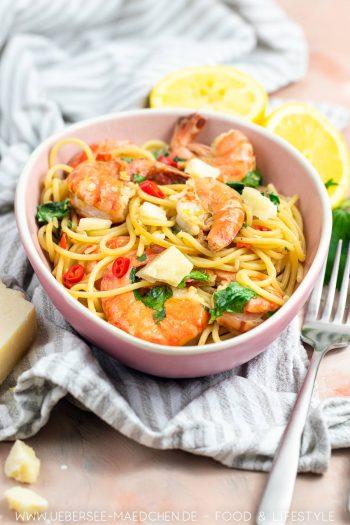 Pasta mit Garnelen in Weißweinsauce wie beim Italiener Rezept