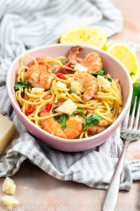 Weißwein-Pasta mit Garnelen wie beim Italiener mit Chili Zitrone Knoblauch Rezept von ÜberSee-Mädchen