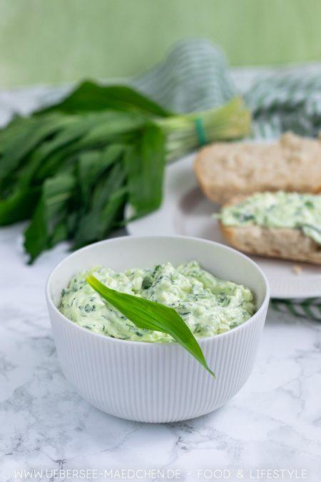 Aufstrich mit Bärlauch und Feta einfaches Rezept fürs Frühstück oder Brunch von ÜberSee-Mädchen Foodblog vom Bodensee
