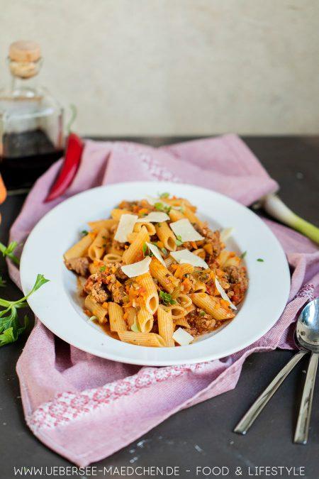 Jools Pasta nach Jamie Oliver Rezept mit Brät Staudensellerie Karotte von ÜberSee-Mädchen Foodblog vom Bodensee