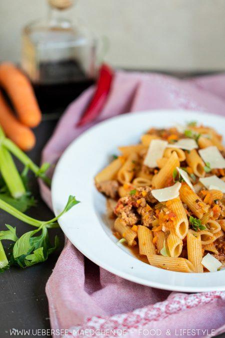 Gemüse mit Balsamico ablöschen macht Pasta richtig lecker Rezept