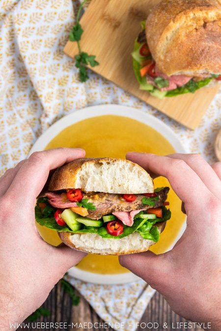 In ein Roastbeef-Sandwich beißen: Rezept für Asia-Sandwich von ÜberSee-Mädchen