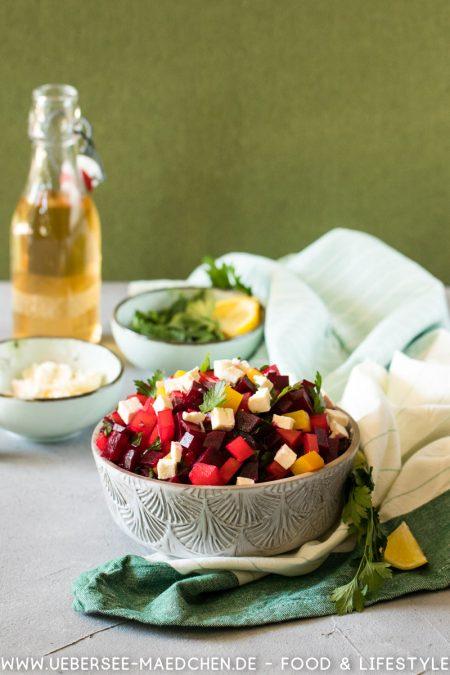Salat mit roter Bete und Feta Petersilie einfaches Rezept
