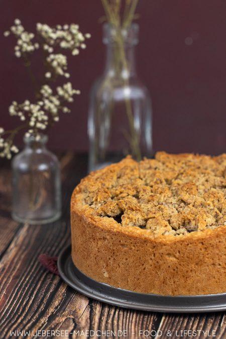 Ein einfach guter Kuchen Kirschkuchen mit Mandelstreuseln