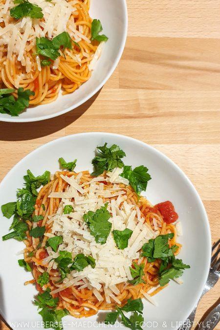 Pasta arrabiata nach Jamie Olivers Wohlfühlküche