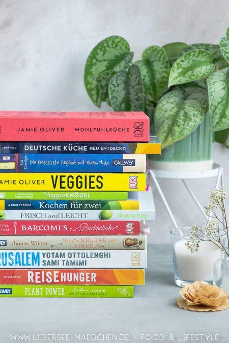 Drei Monate in Kochbüchern: Die Kochbuch-Challenge vom ÜberSee-Mädchen