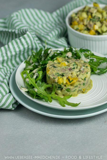 Thunfischtatar ist eine einfache feine Vorspeise, die viel Eindruck macht