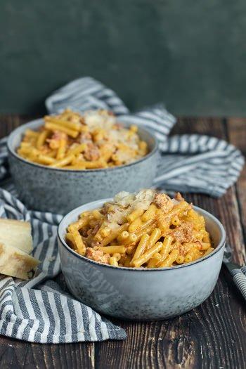 Betrunkene Pasta mit Salsiccia Sahne aus Pasta-Codex Rezept von ÜberSee-Mädchen Foodblog vom Bodensee