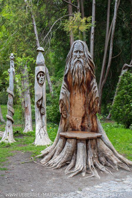 Aus Holzstümpfen wurde Kunst