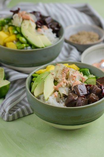 Poke-Bowl mit Thunfisch Mango Sriracha-Sauce wie in Hawaii Rezept von ÜberSee-Mädchen Foodblog vom Bodensee