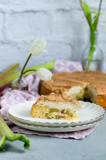 Rhabarberkuchen mit gebräuntem Baiser Rezept aus der DDR