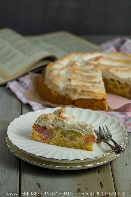 Rhabarberkuchen mit Baiser wie von Oma Rezept von ÜberSee-Mädchen Foodblog vom Bodensee