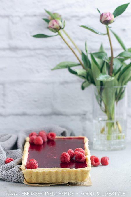 Einfach schön und lecker: Rezept für Panna cotta Tarte