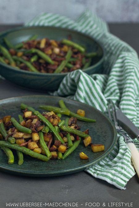 Fünf Zutaten für leckeres Abendessen: Pfanne mit Kartoffeln und Bohnen