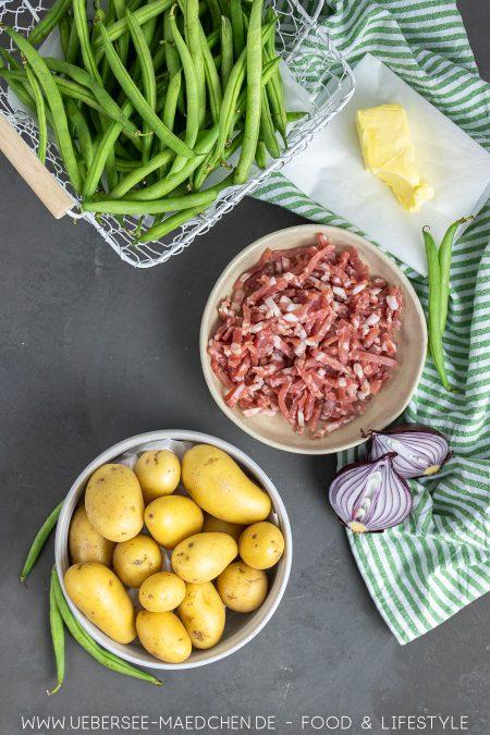 Alle Zutaten für Kartoffel-Bohnen-Pfanne: Leckeres günstiges Abendessen aus 5 Zutaten