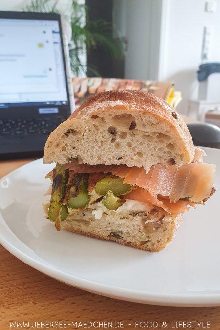 Frittata-Sandwich mit Spargel aus Ui
