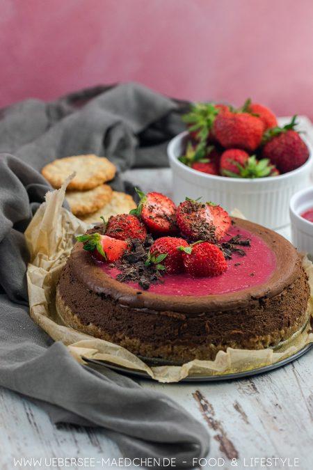 Schoko-Cheesecake macht Käsekuchen schokoladig mit Frucht Rezept