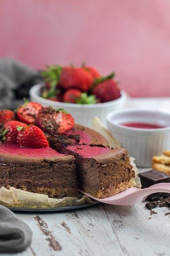 Schoko-Cheesecake mit Erdbeeren von ÜberSee-Mädchen Foodblog vom Bodensee