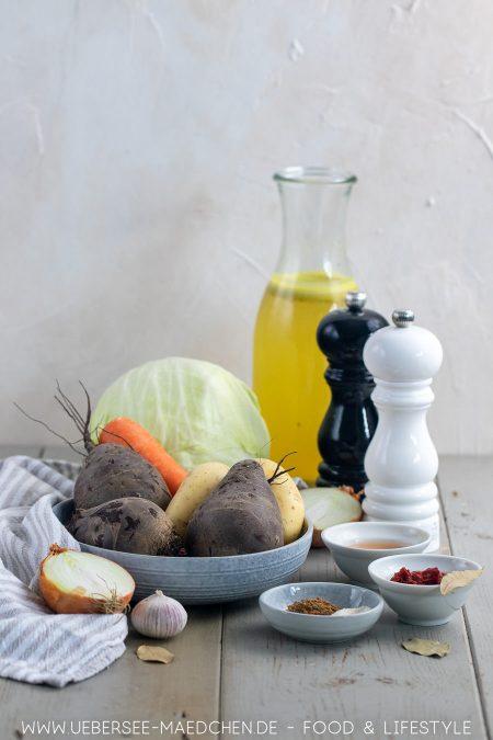 Zutaten für vegetarischen Rote-Bete-Eintopf mit Kartoffeln