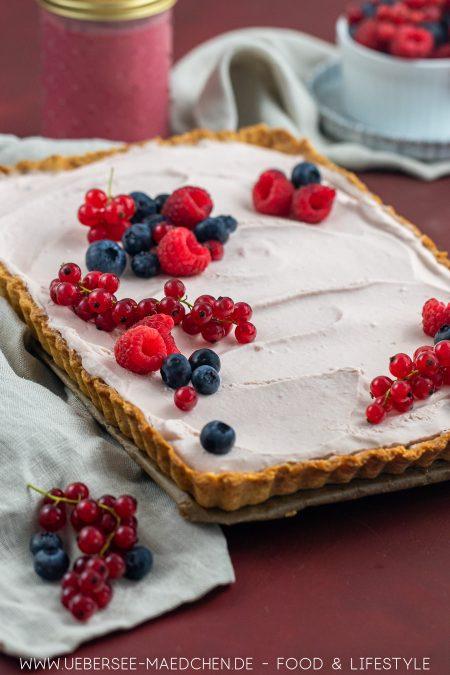 Beerentarte mit Himbeer Curd Creme Rezept von ÜberSee-Mädchen Foodblog vom Bodensee
